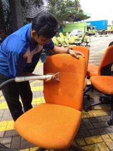 cuci kursi kantor semarang